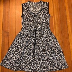 vera wang sleeveless floral dress, worn once